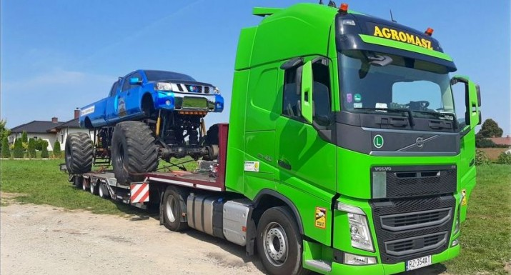 Transport gabarytowy firmy Agromasz.